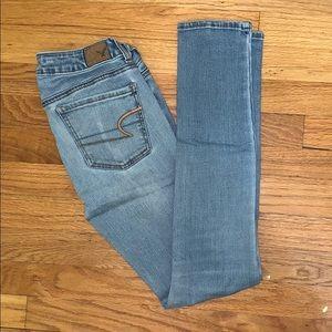 AEO Light wash Jeans
